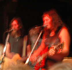 Stephen and Amber live in 2004